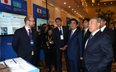 President Nursultan Nazarbayev and Prime Minister of Japan Shinzo Abe take part in the Kazakh-Japanese business forum